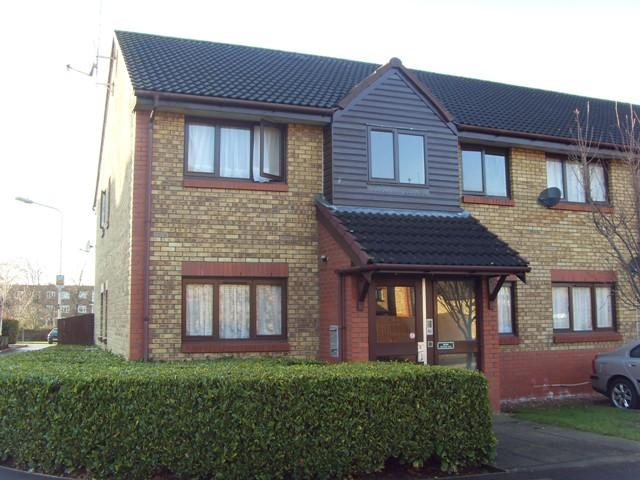 Waterside Close, Barking, IG11 9EQ