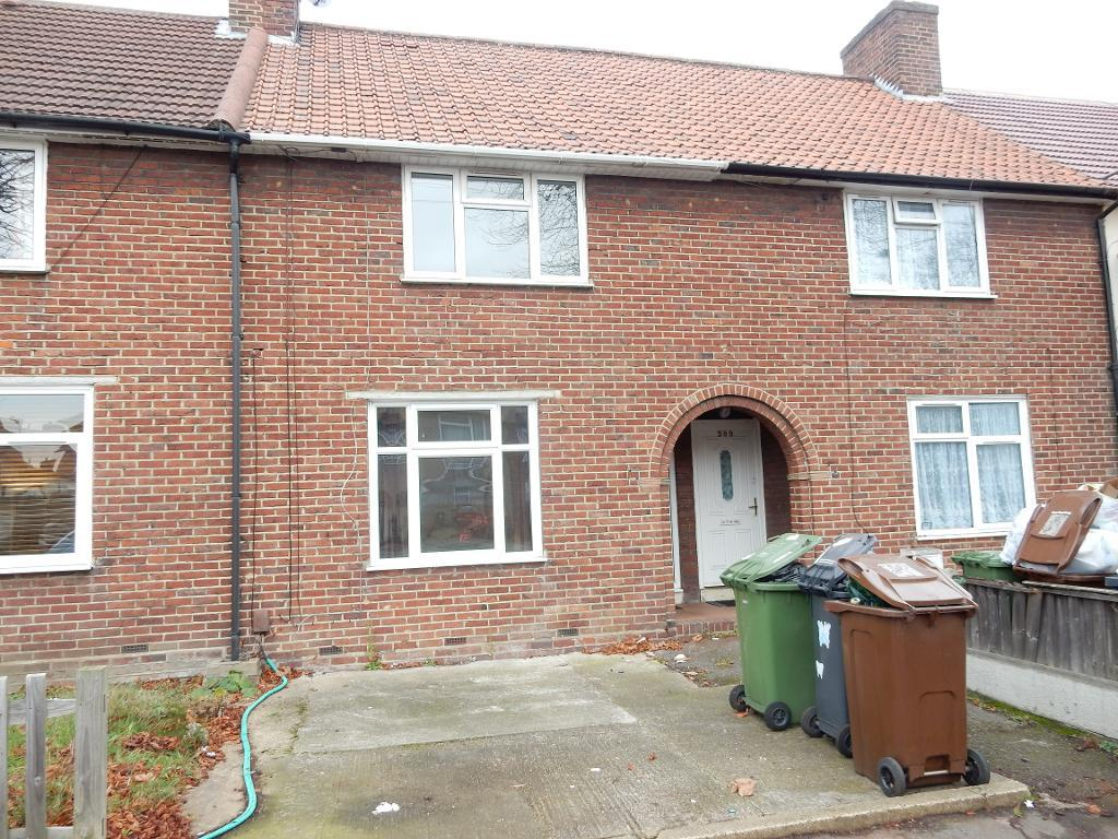 Becontree Avenue, Dagenham, Essex, RM8 3HP