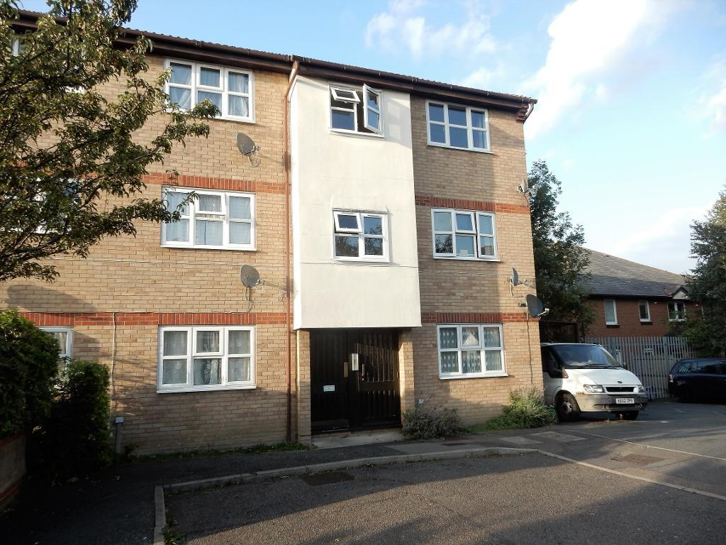 Wrights Close, Dagenham, Essex, RM10 7NN