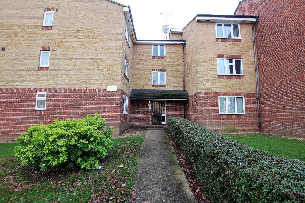 Plumtree Close, Dagenham, RM10 8UA