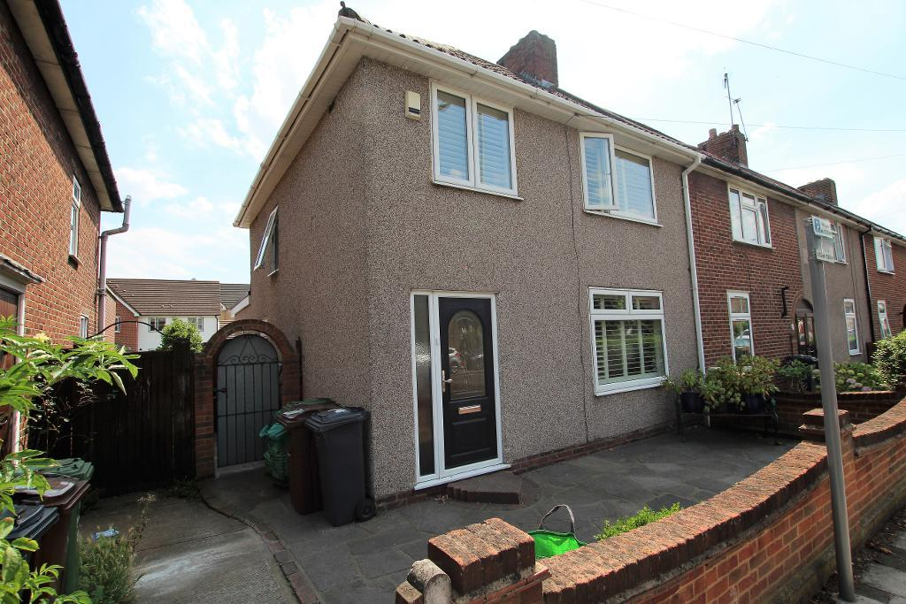 Woodward Road, Dagenham, Essex, RM9 4ST