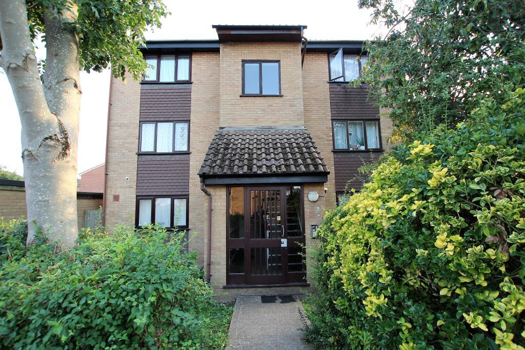Millhaven Close, Chadwell Heath, Essex, RM6 4PL