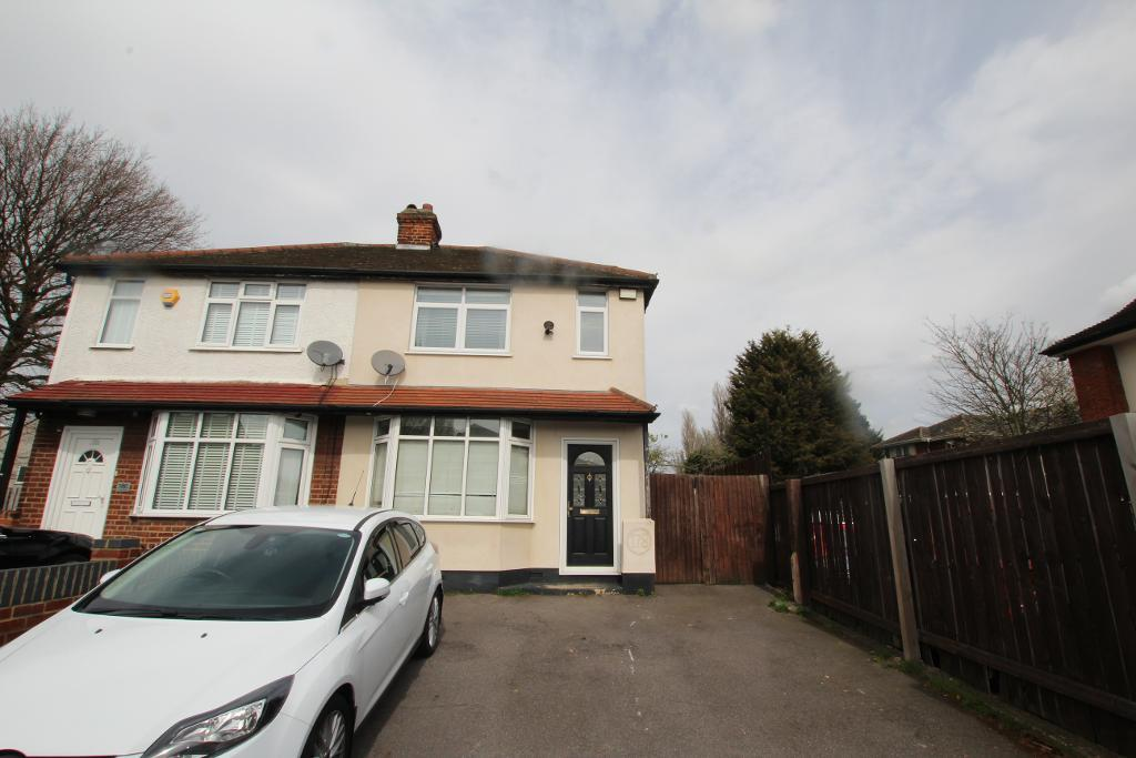 London Road, Romford, RM7 9EU